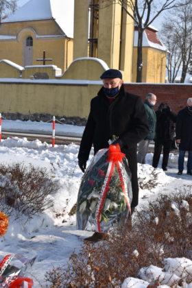 Złożenie kwiatów pod Pomnikiem Zesłańców Sybiru