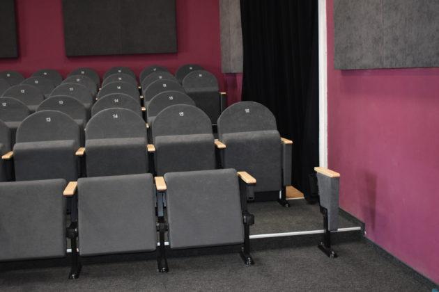 Nowe fotele kinowe
