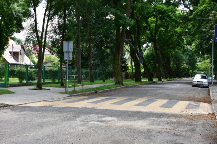 Bezpieczne przejście dla pieszych na ul. Skarbowej