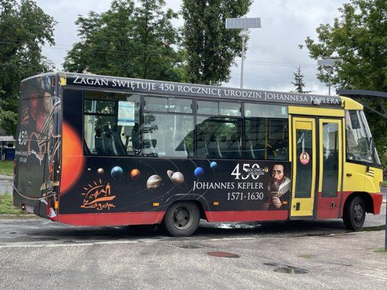 kosmiczny autobus